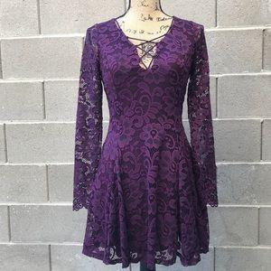 NWT Lace Swing Dress • Size M